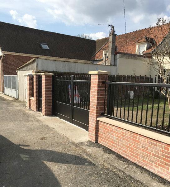 Installation de clôture, portail et interphone à Herblay